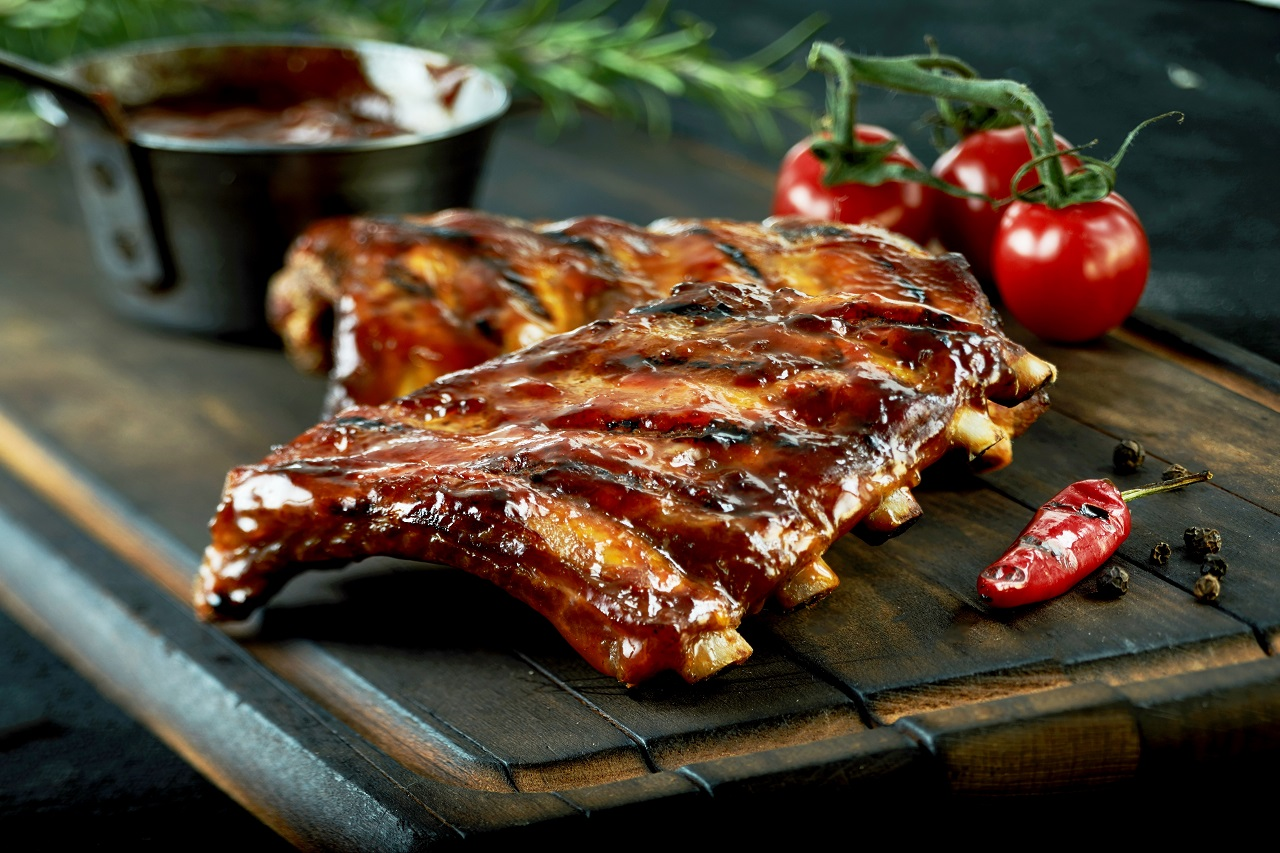 Spicy-hot-grilled-spare-ribs-from-a-summer-BBQ